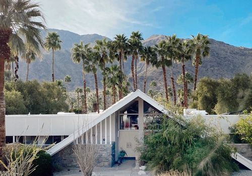 Midcentury home in palm springs