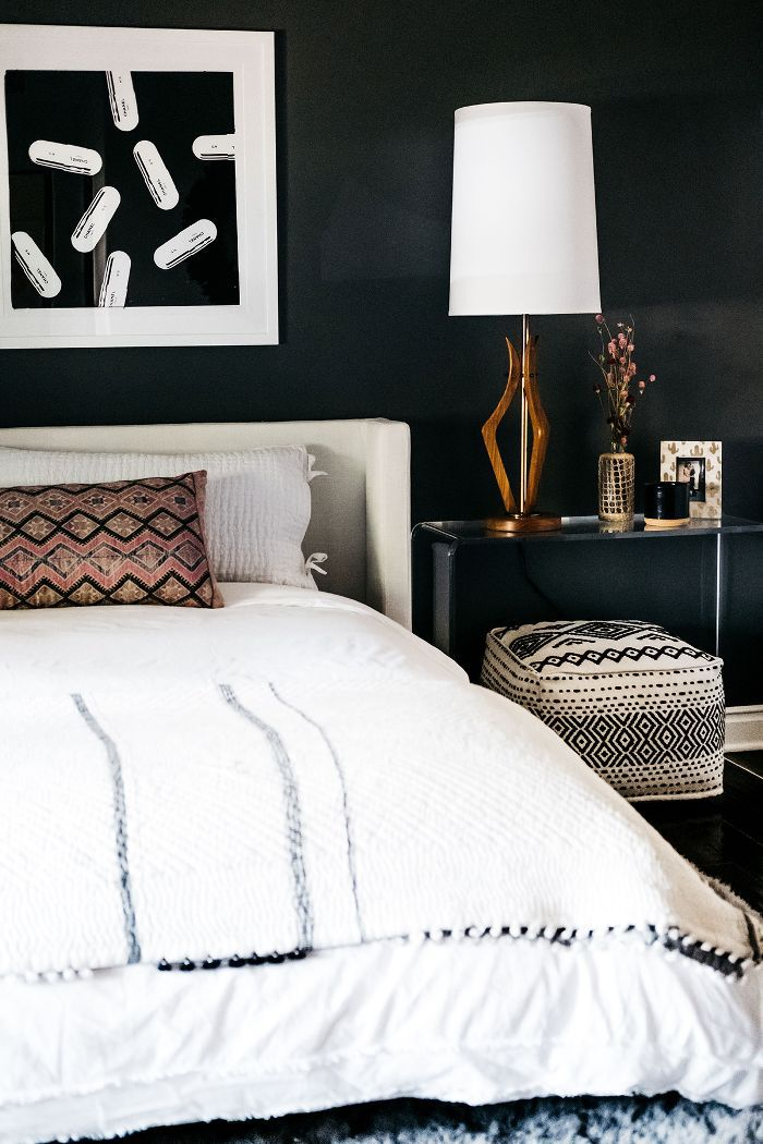 Trish and Billy Ray Cyrus—guest bedroom