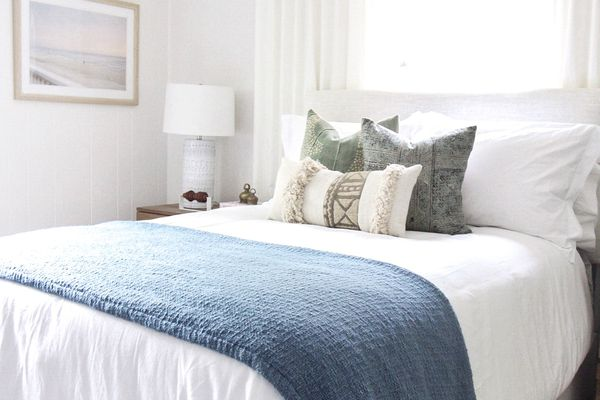 coastal-inspired bedroom