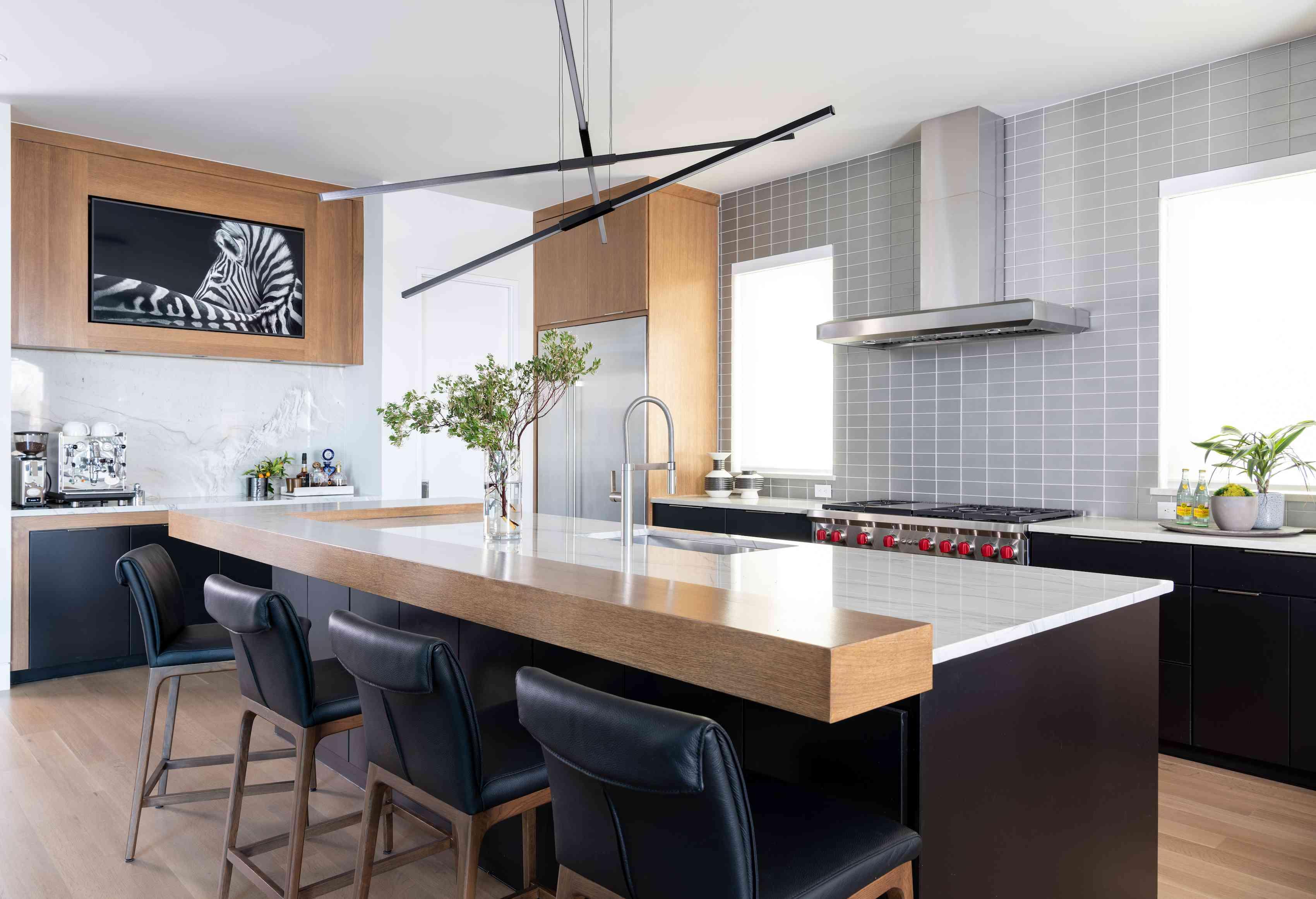 Bachelor pad kitchen