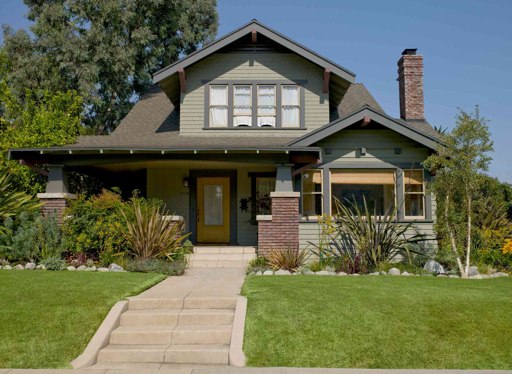 what makes a house craftsman style