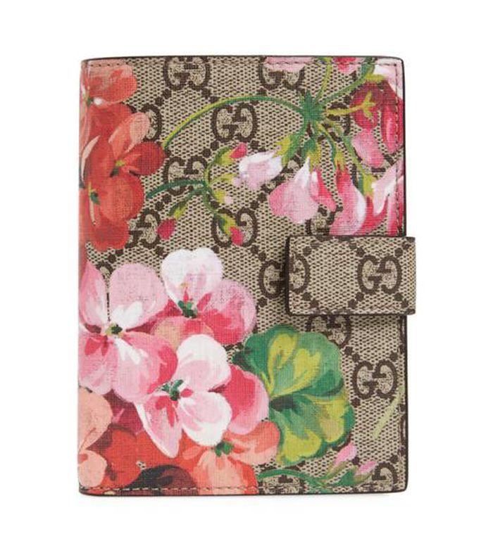 Blooms Gg Canvas Passport Case - Beige