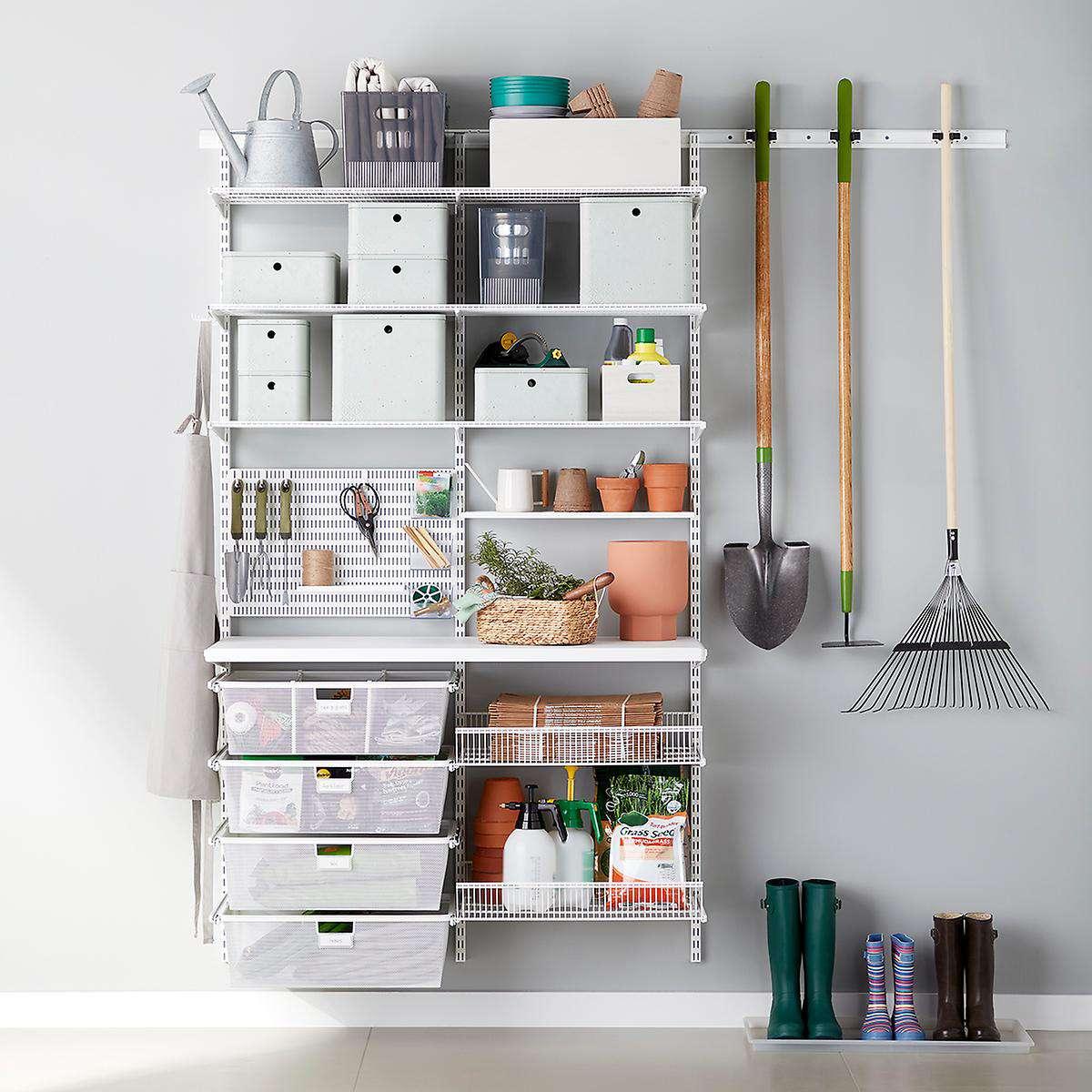 organización de estantería de utilidad de garaje blanco