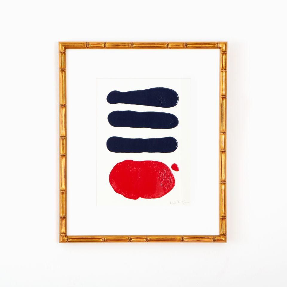 Arte abstracto contemporáneo enmarcado en un marco dorado de bambú por Framebridge.