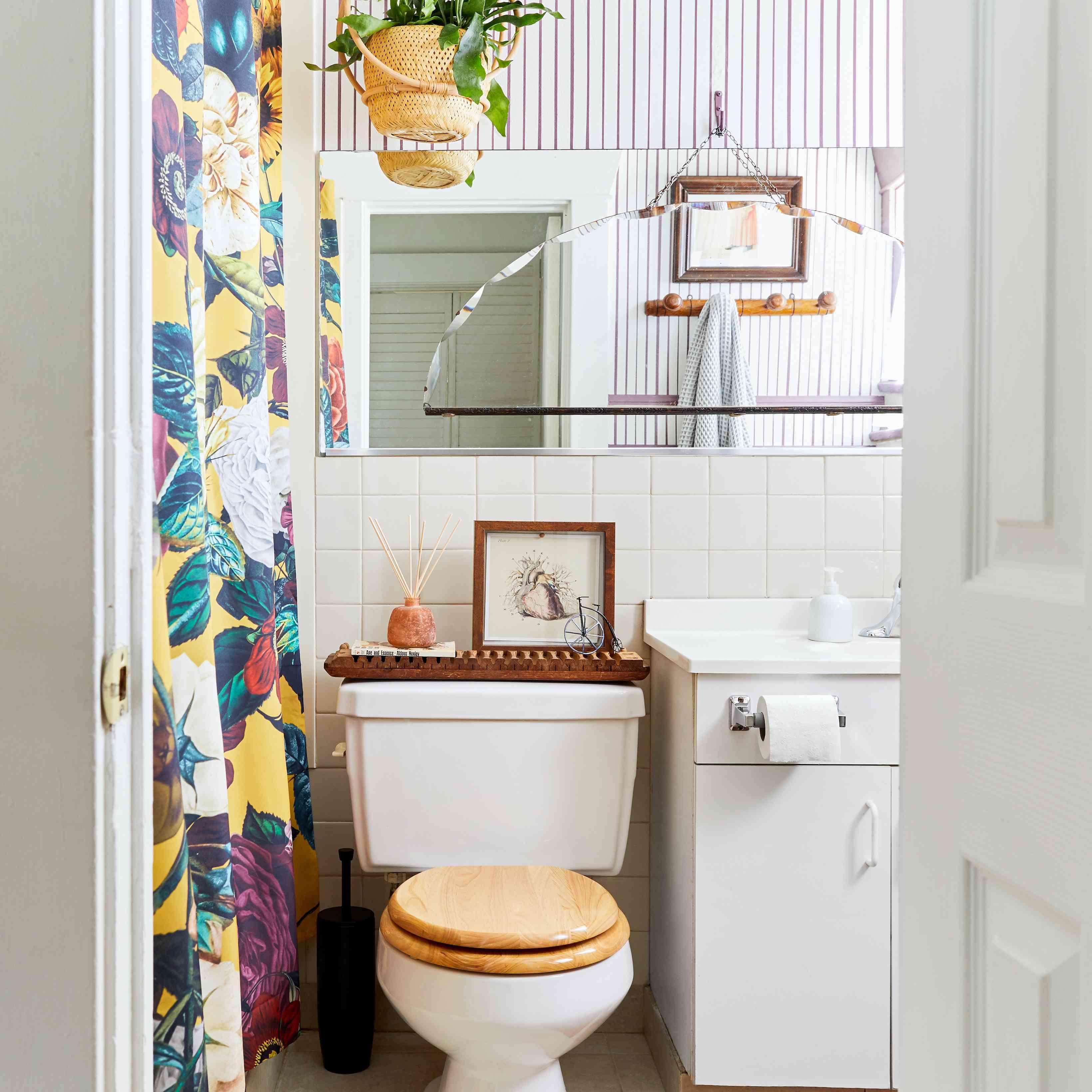 Vintage rental bathroom with eclectic decor