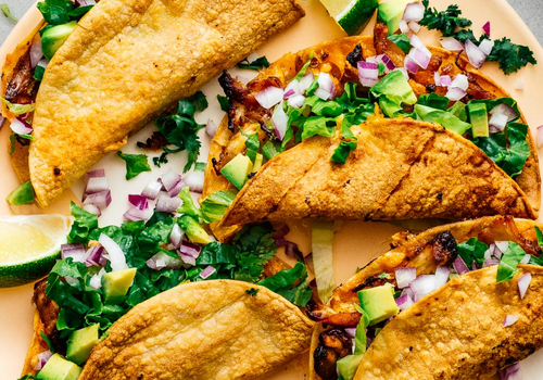 how to dice an onion - air fryer chicken tacos