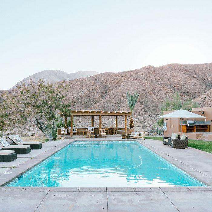 desert home—outdoor pool