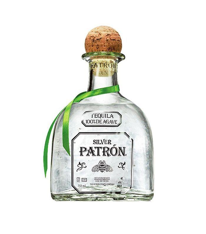 Una botella de tequila Patron.