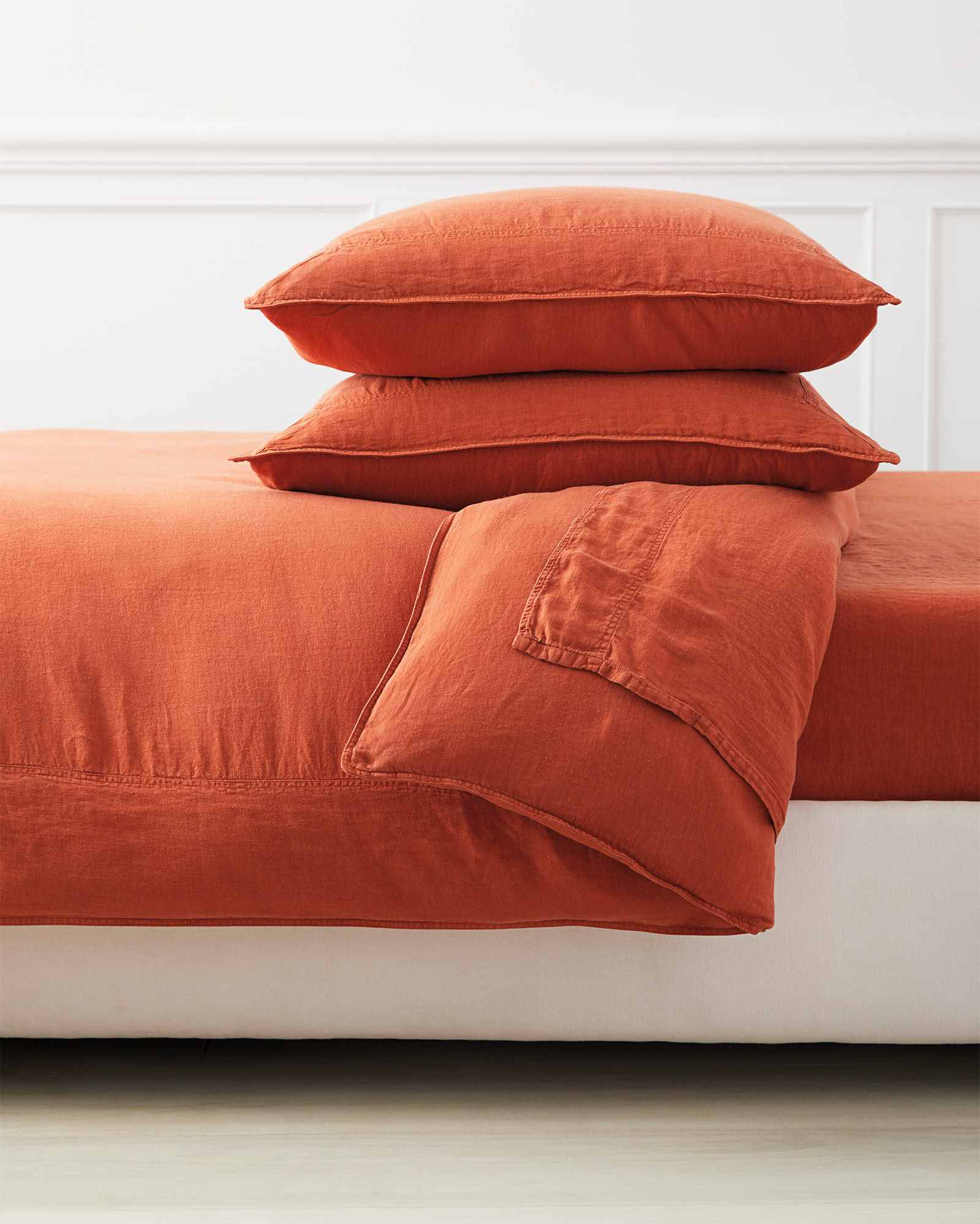 Positano Linen Bedding Set