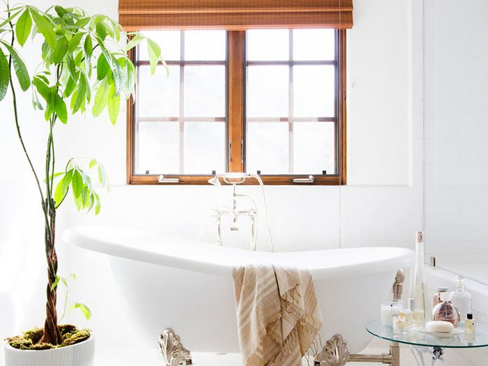 Bathroom Accessory Ideas To Make Your Space Look Organized