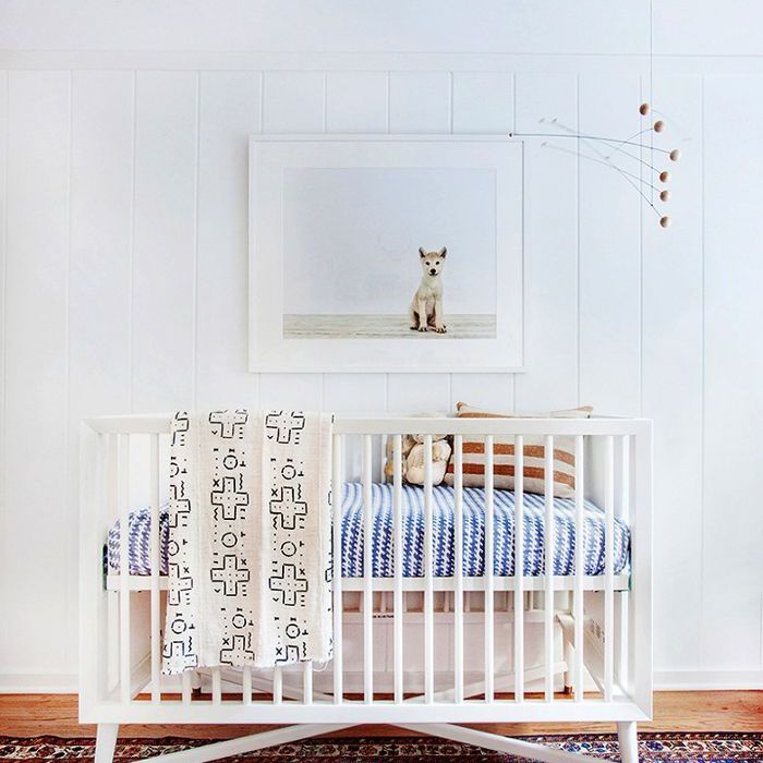 20 Inexpensive Nursery Decorating Ideas