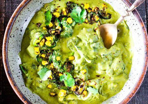"""Jalapeño broccoli """"cheddar"""" soup"""