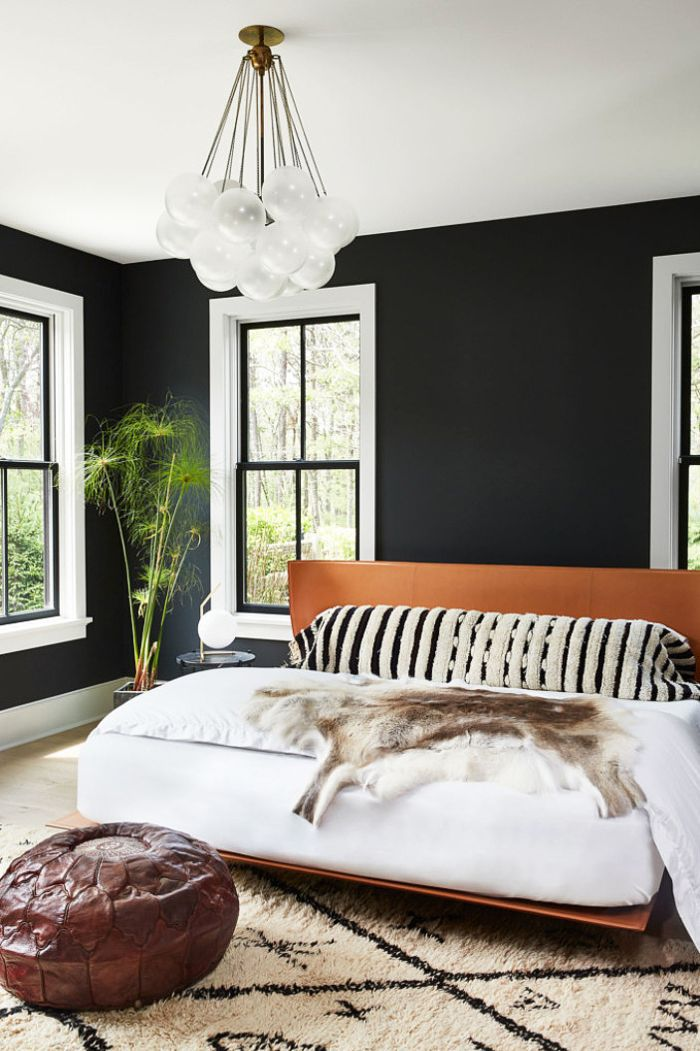 Bedroom Feng Shui: A rug grounds the space in a bedroom