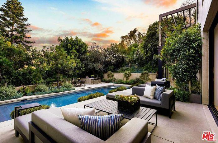 Backyard patio and pool