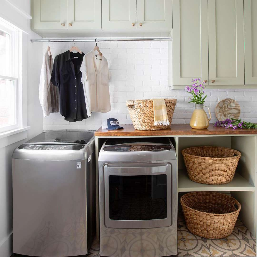 Laundry room with cabinets and shelves