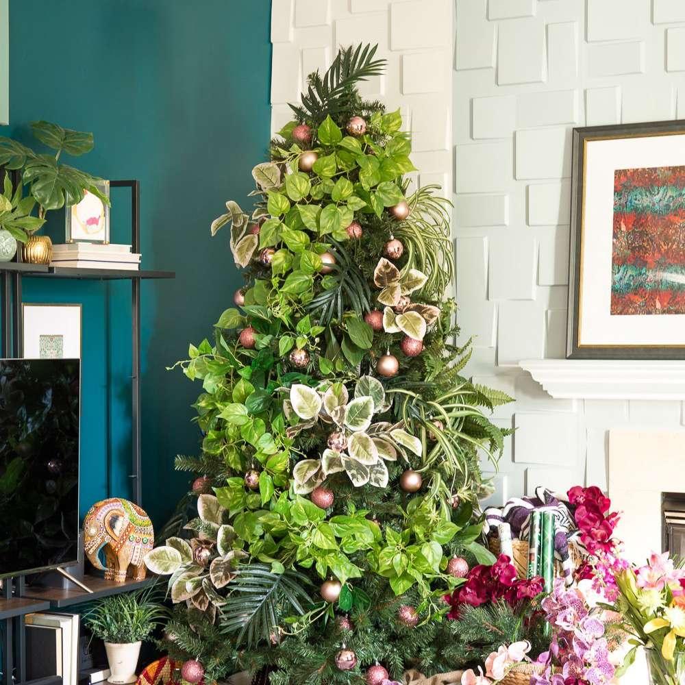 Botanical-inspired tree