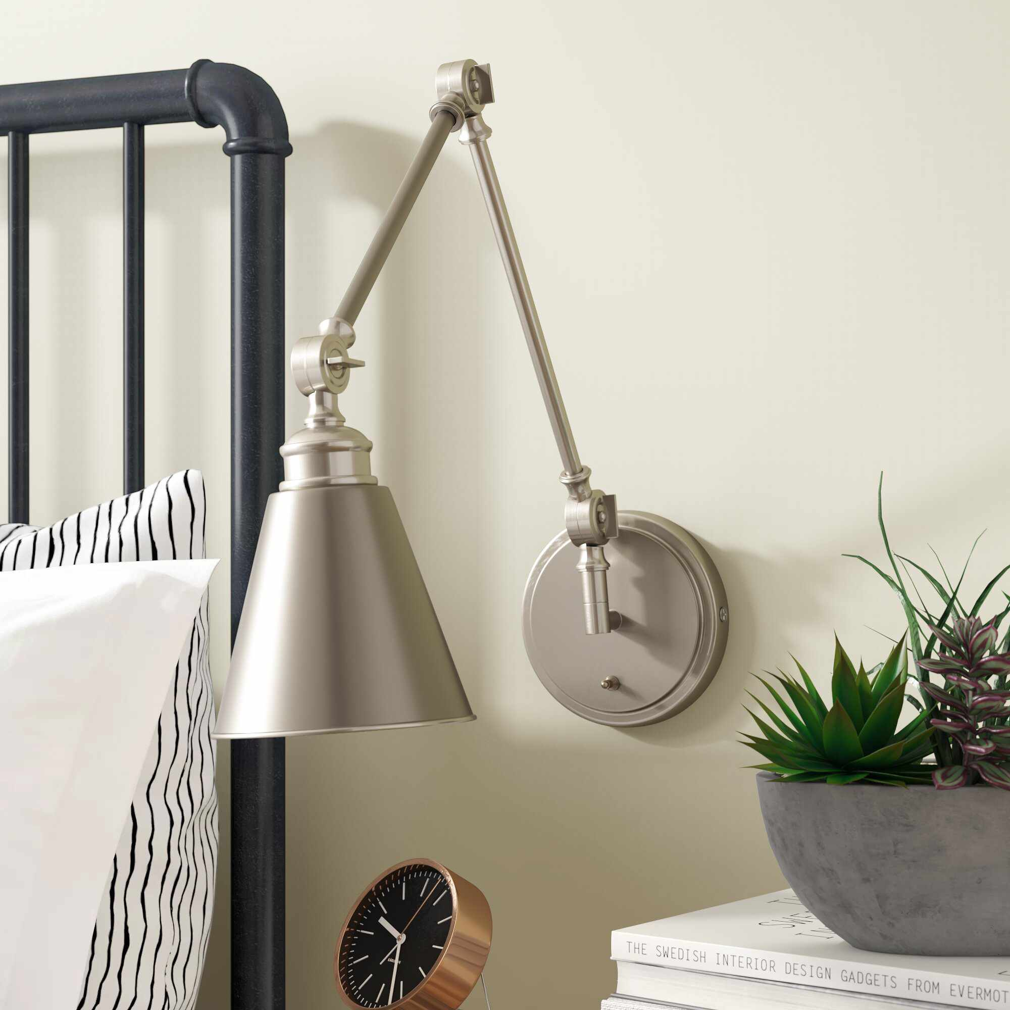 Beckham 1 - Light Plug-in Swing Arm