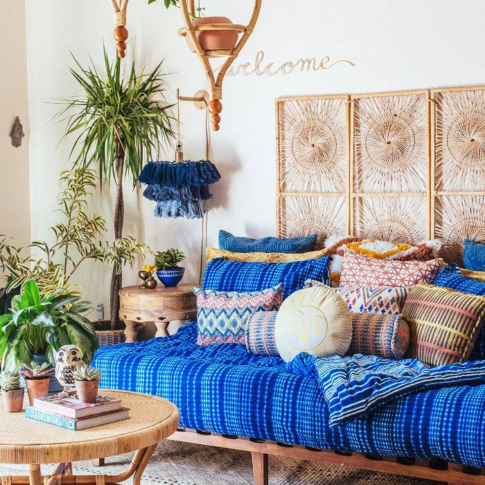 10 Bohemian Living Rooms To Inspire