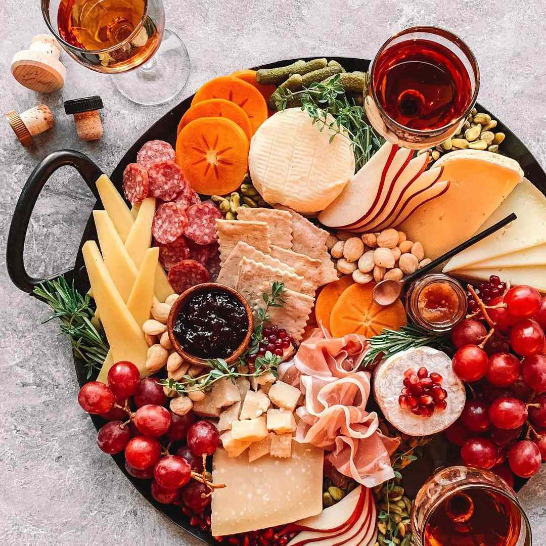 things to do at a sleepover - make a cheeseboard