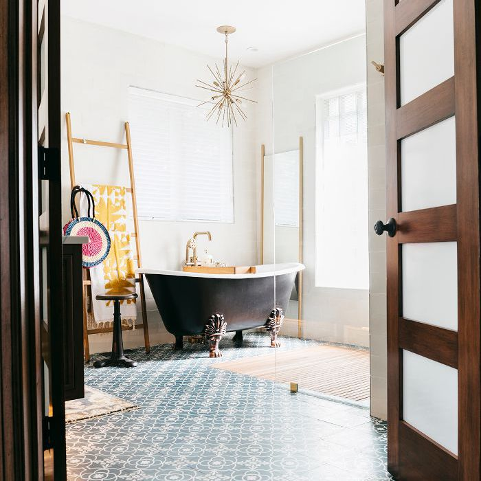 This Contemporary Bathroom Makeover Will Make You Swoon