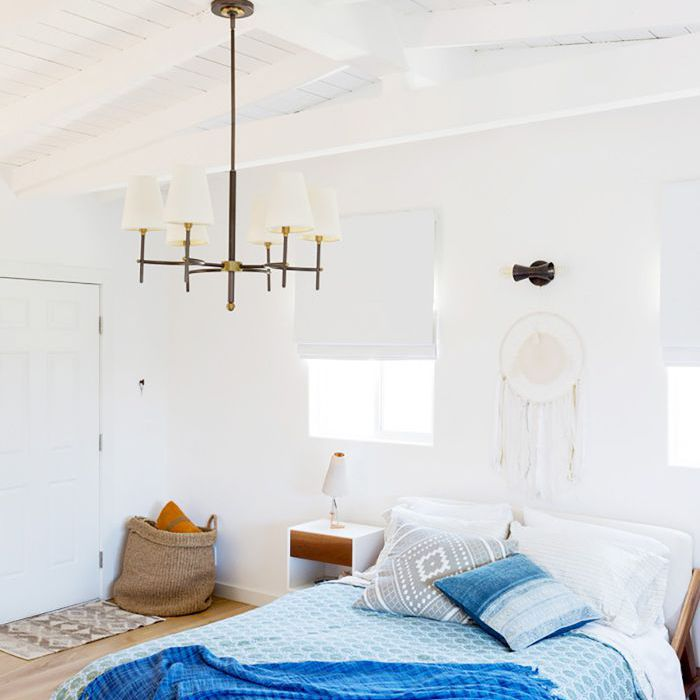 10 Feng Shui Bedroom Dos And Don'ts To Bring The Good