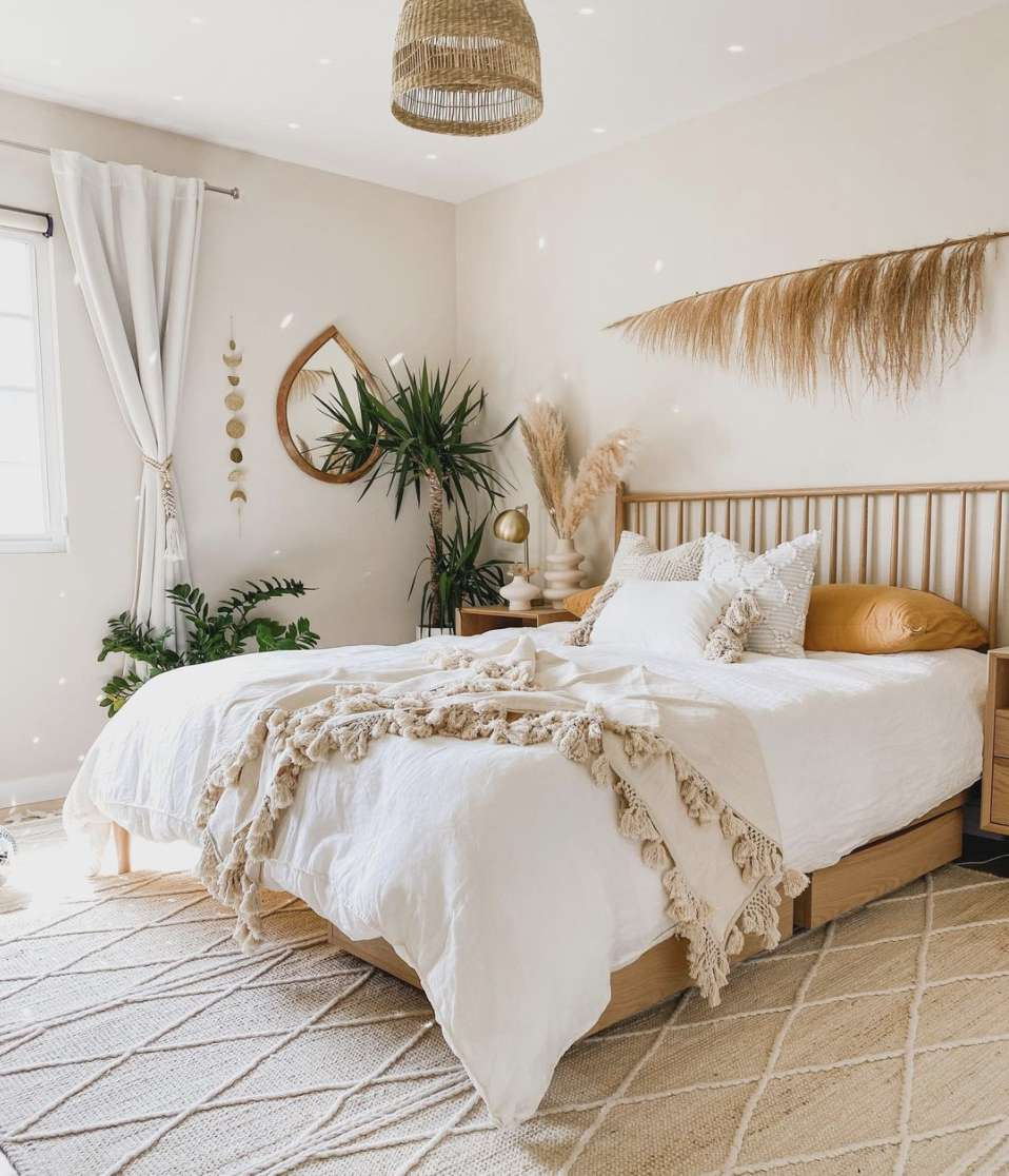 bedroom with large area rug