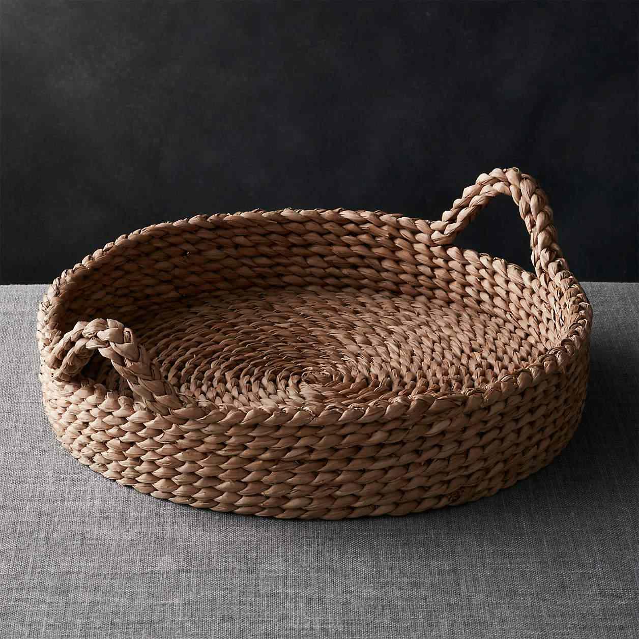 A woven basket tray