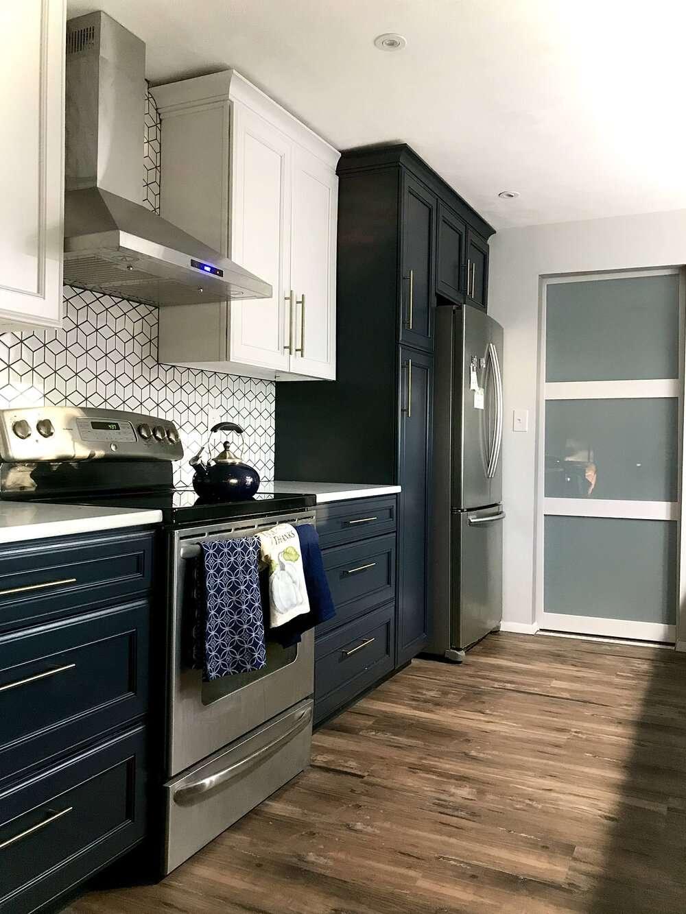 best kitchen ideas - blue cabinets with patterned backsplash