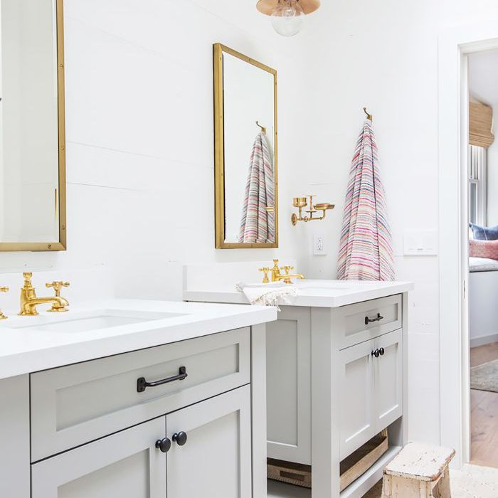The Property Brothers\' Bathroom Ideas on a Budget