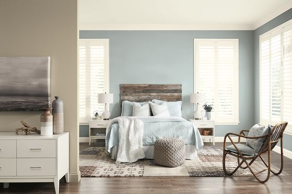 Bedroom with blue and beige hues