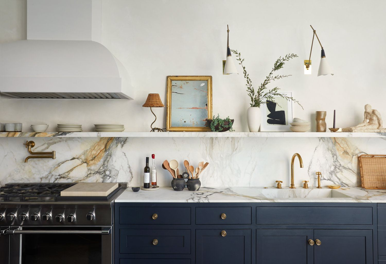 9 Marble Kitchens To Pin For Your Dream Board