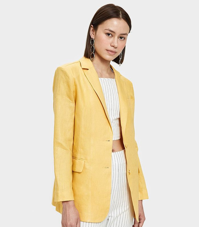 Lili Blazer in Yellow