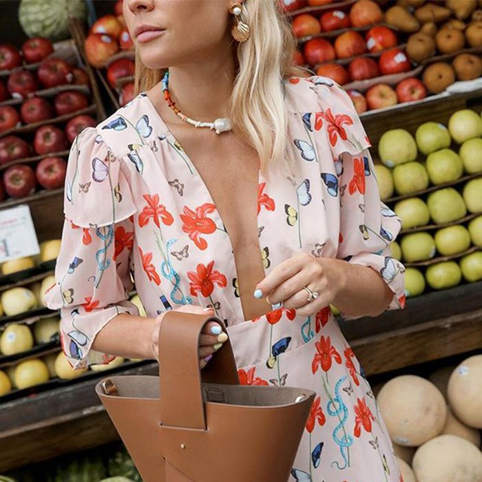 Shopping for Fruit