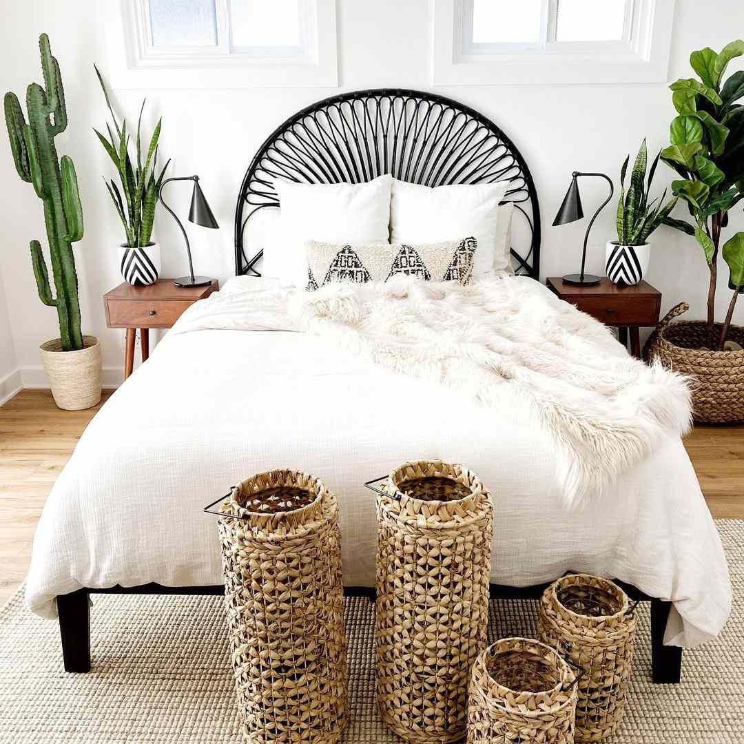 Desert-inspired bedroom