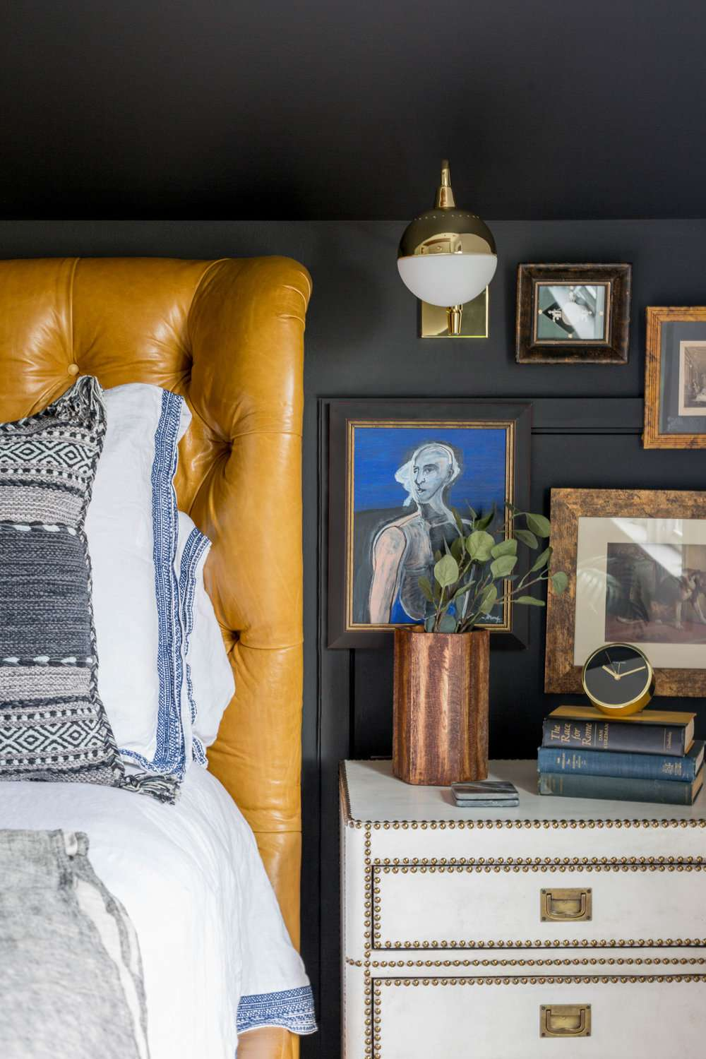 20 Stunning Colors That Go With Yellow