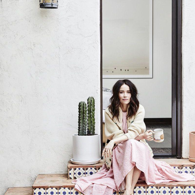 Abigail Spencer—Los Angeles Spanish home