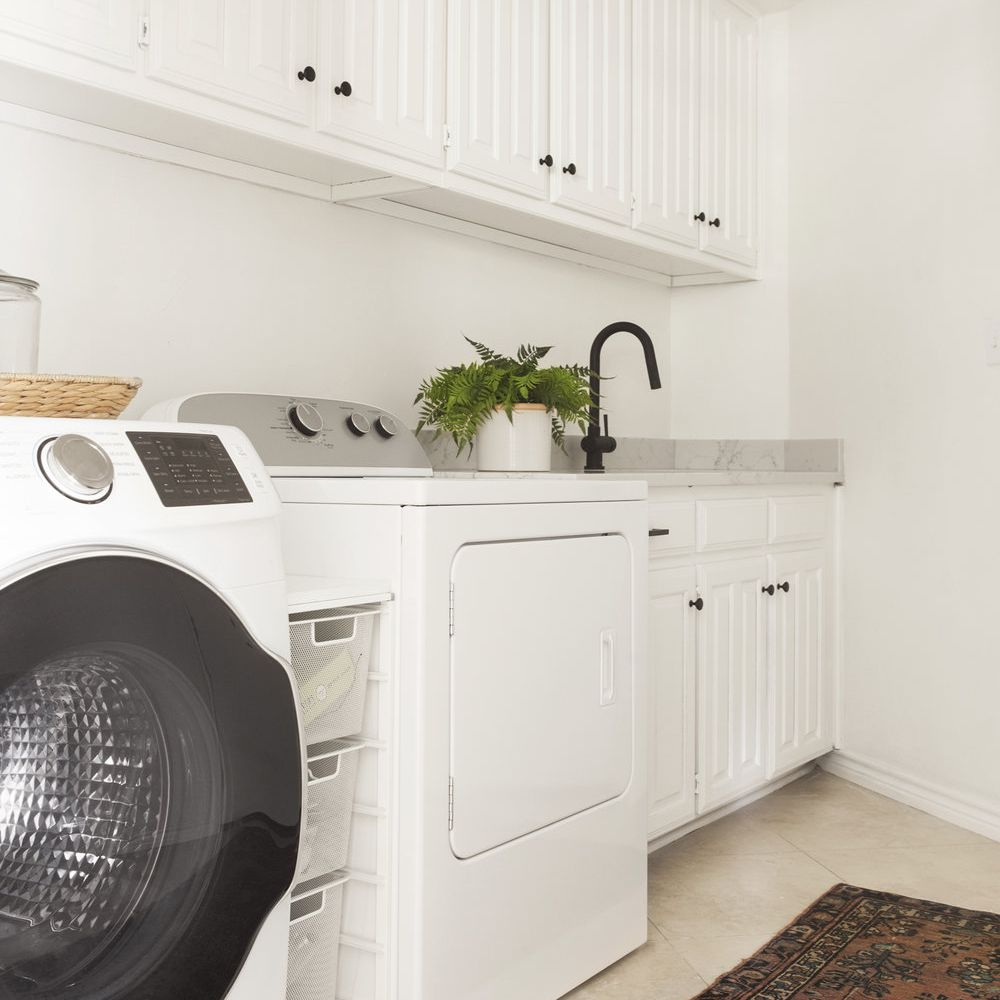 Close up of washer and dryer.