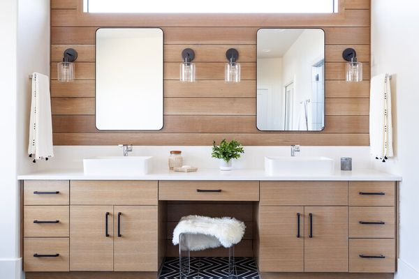 Bathroom with a wooden vanity