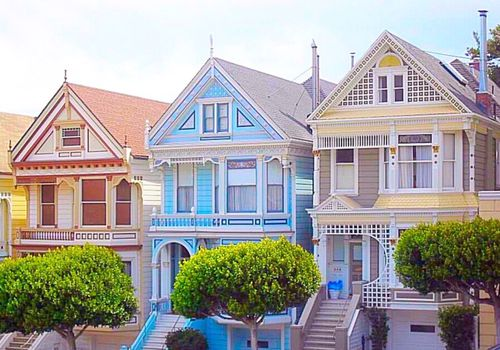 colorful row of houses in San Francisco
