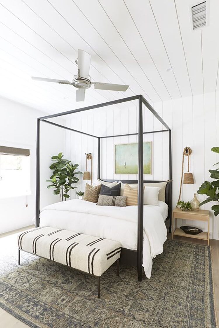 what is linen - white linen bedroom in a beachy locale