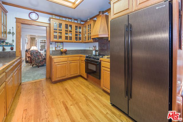 Makeover of the Week - Natalie Myers kitchen design before