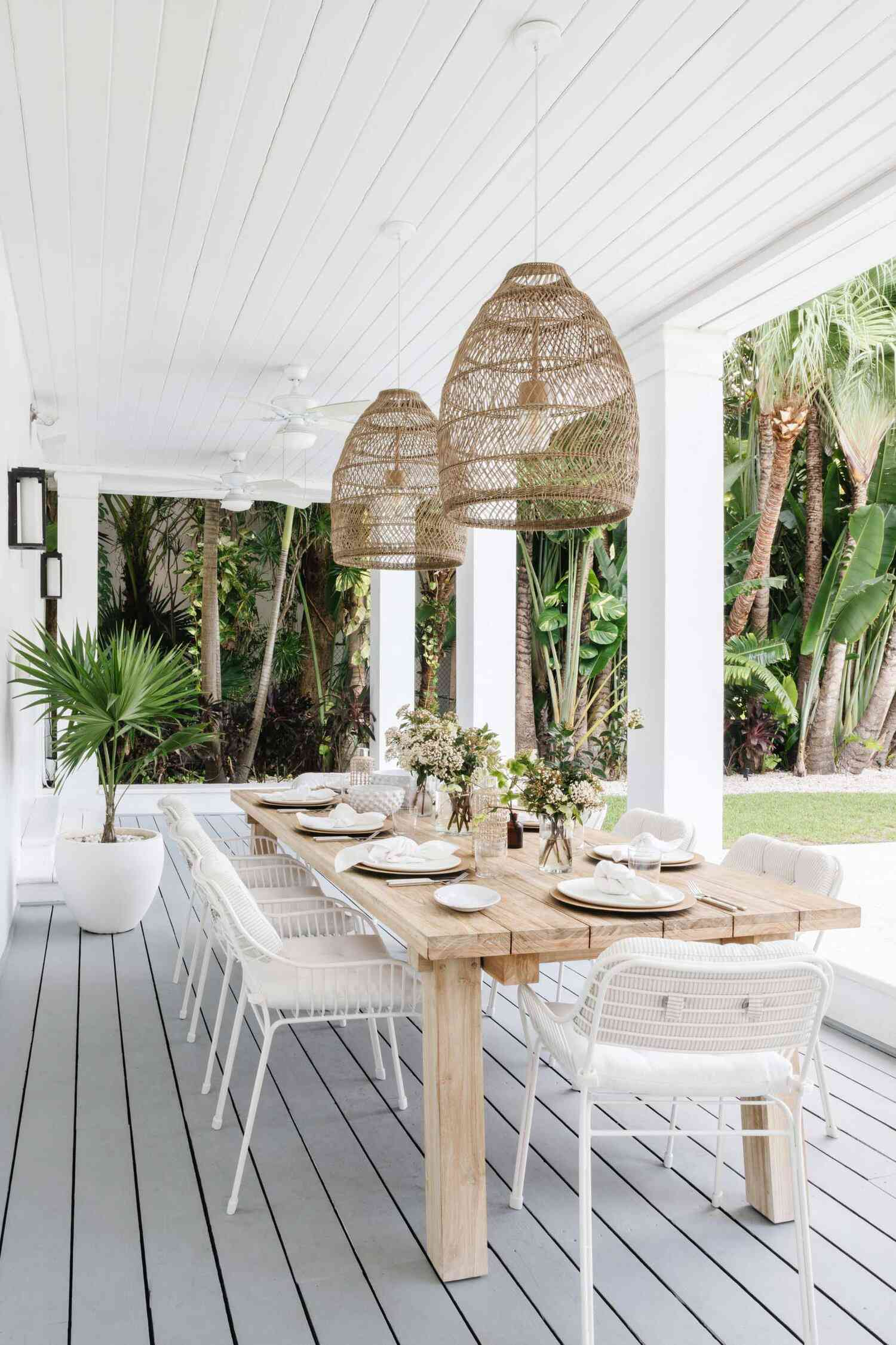 outdoor patio with pendant lights