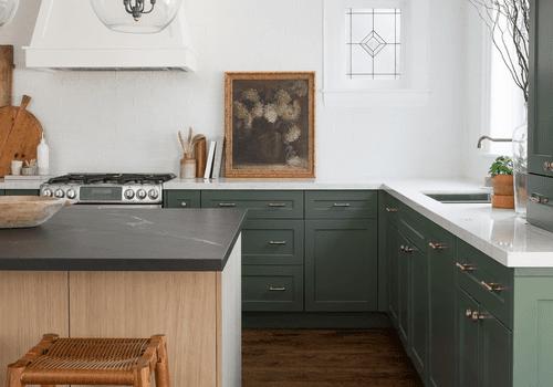 21 Best Green Kitchen Cabinet Ideas, Best Gray Green Paint For Kitchen Cabinets