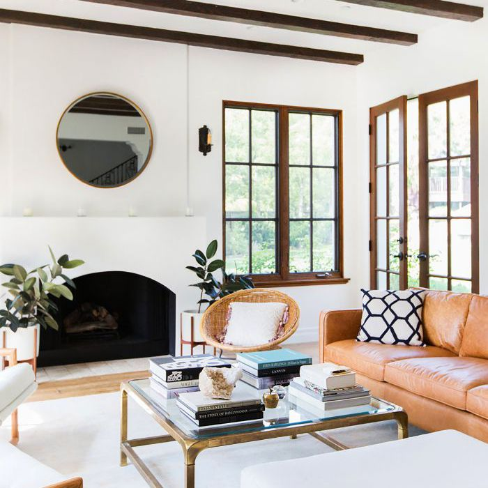 11 Modern Living Rooms That Are Warm And Inviting
