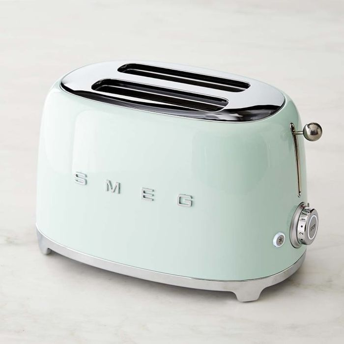 Williams Sonoma Smeg 2-Slice Toaster