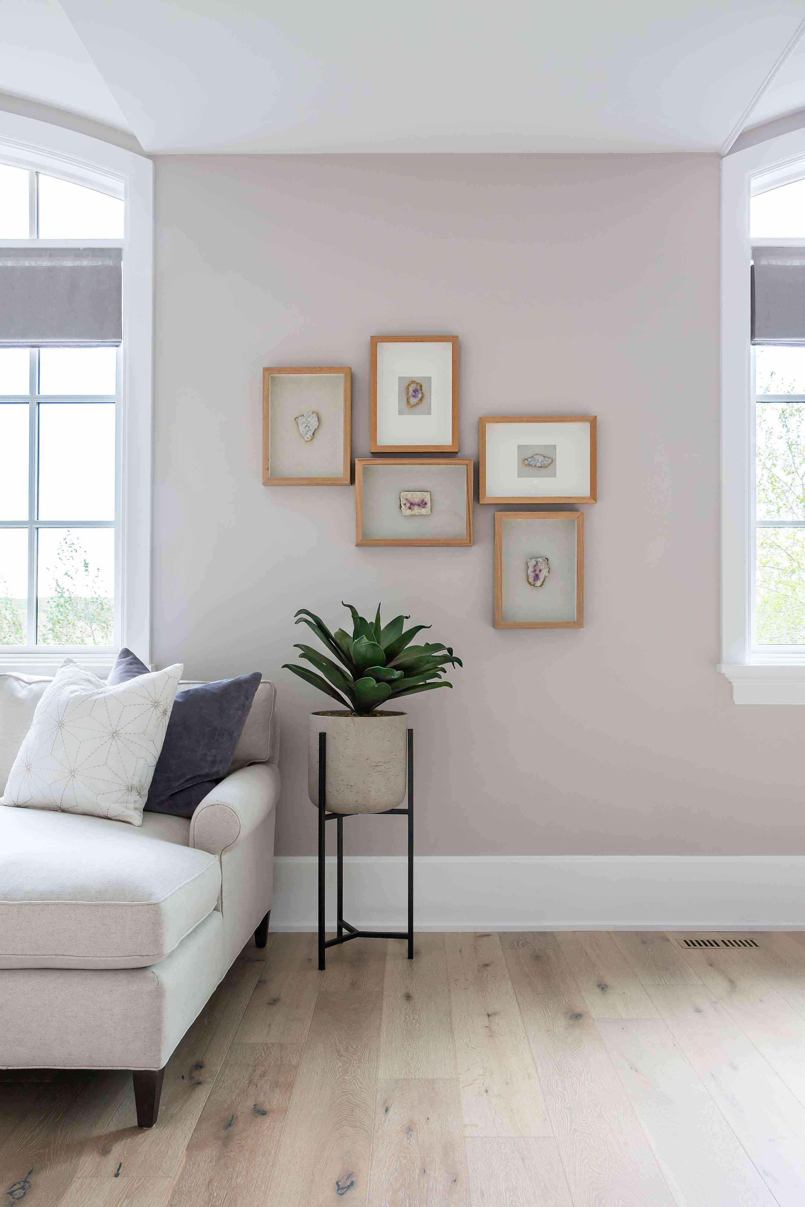 Living room with agate gallery wall