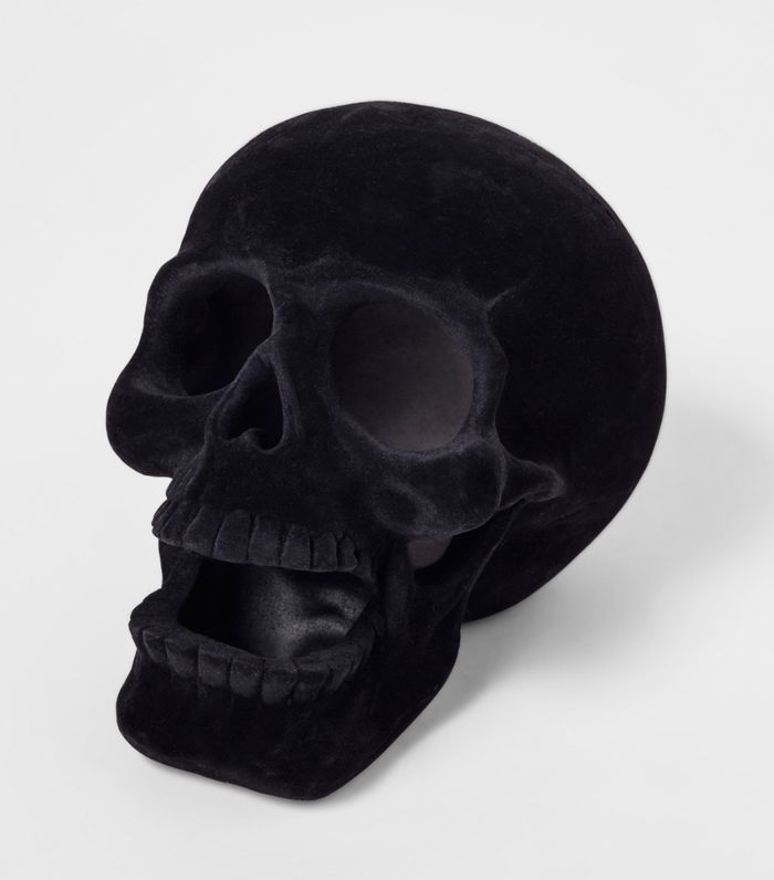 Hyde and Eek! Boutique Halloween Large Resin Skull Black Cheap Halloween Decor