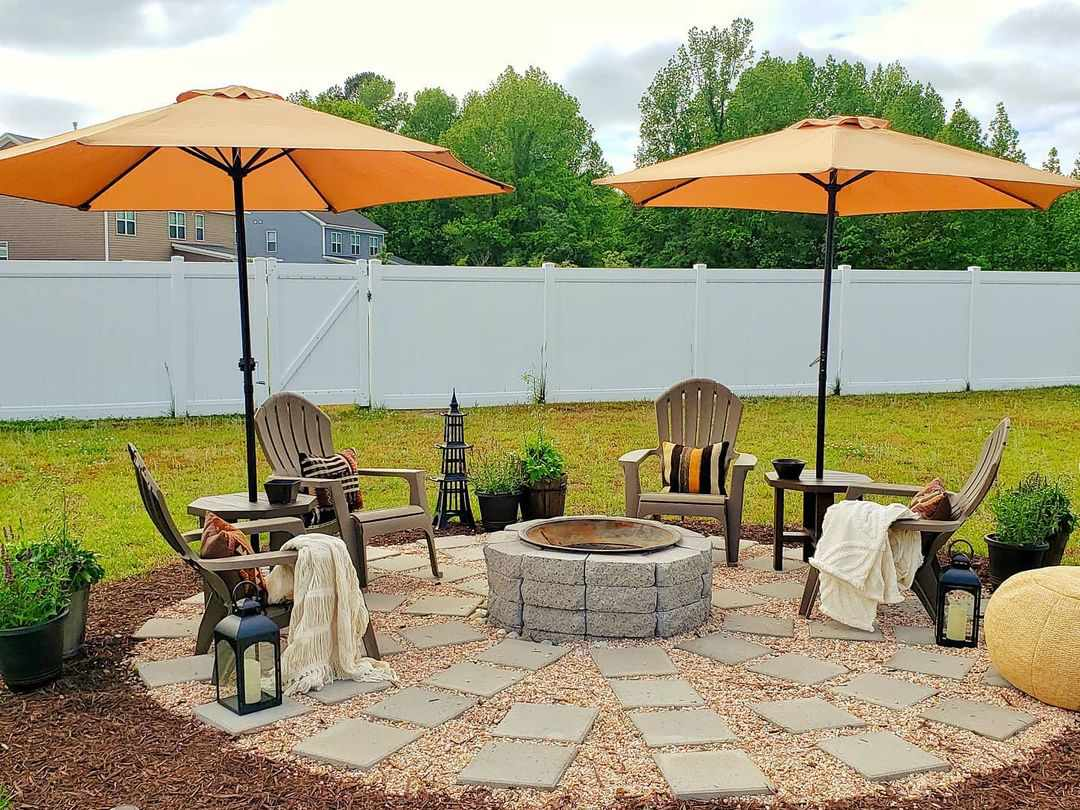 Outdoor firepit with chairs