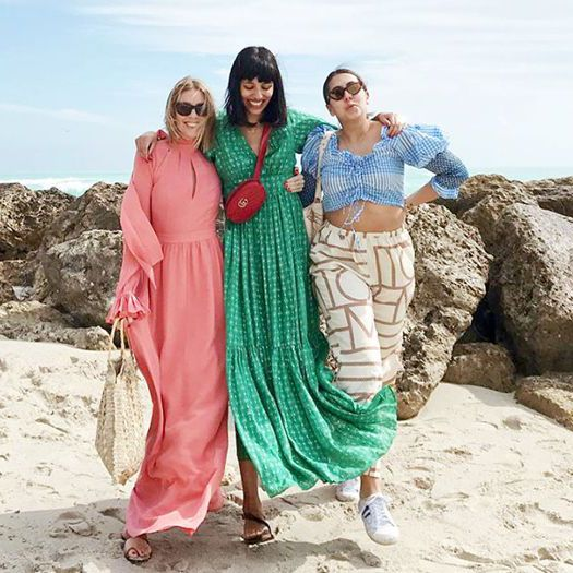 68a8116992 8 Beach Outfit Ideas Inspired by Fashion It Girls