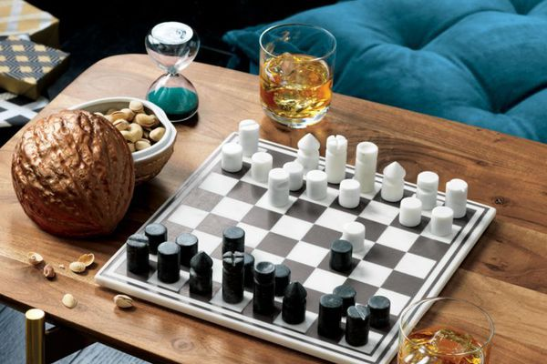 Styled marble chess set